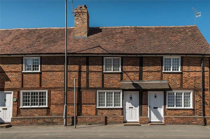 2 Bedrooms Terraced House for sale in Aylesbury End, Beaconsfield, Buckinghamshire, HP9
