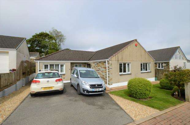 4 Bedrooms Detached Bungalow for sale in Crembling Well, Barncoose, Redruth, Cornwall