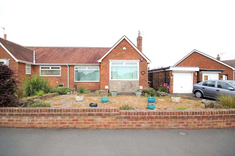 2 Bedrooms Semi Detached Bungalow for sale in Maplewood Drive, Thornton-Cleveleys