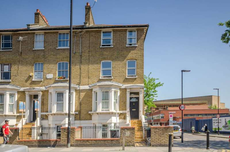 1 Bedroom Flat for sale in Mayes Road, Wood Green, N22