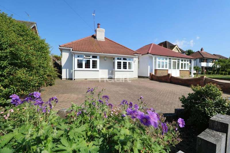 3 Bedrooms Bungalow for sale in Main Road, Orpington