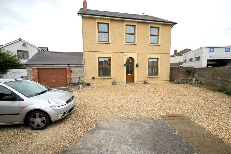 6 Bedrooms Equestrian Facility Character Property for sale in New House Farm, Heol Trelai, Cardiff. CF5 5PH