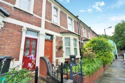 3 Bedrooms Terraced House for sale in Sandbed Road, St Werburghs, Bristol