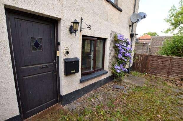 1 Bedroom Flat for sale in East Street, Crediton, Devon