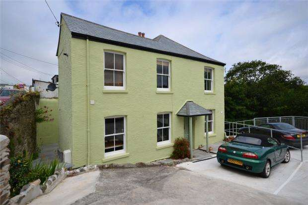 3 Bedrooms Link Detached House for sale in Beech Terrace, Looe, Cornwall