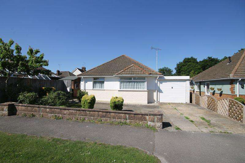 3 Bedrooms Detached Bungalow for sale in Ravenswood Road, Burgess Hill, West Sussex