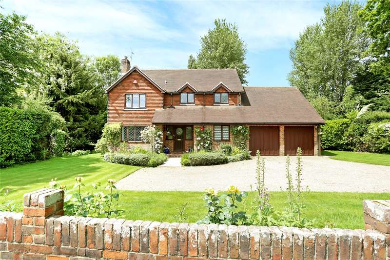 4 Bedrooms Detached House for sale in School Lane, Bentley, Farnham, Surrey, GU10