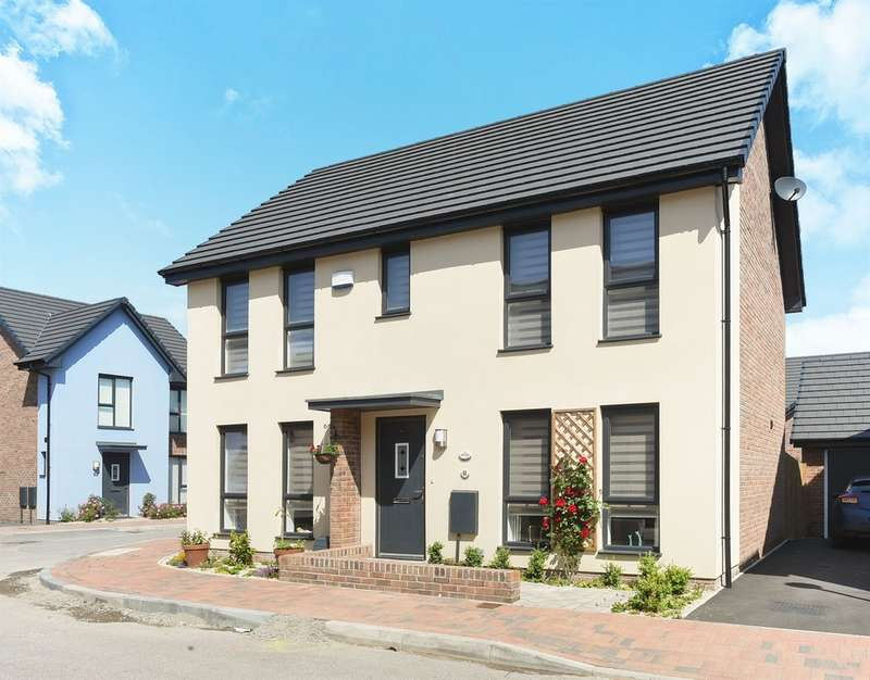 4 Bedrooms Detached House for sale in Baruc Way, Barry