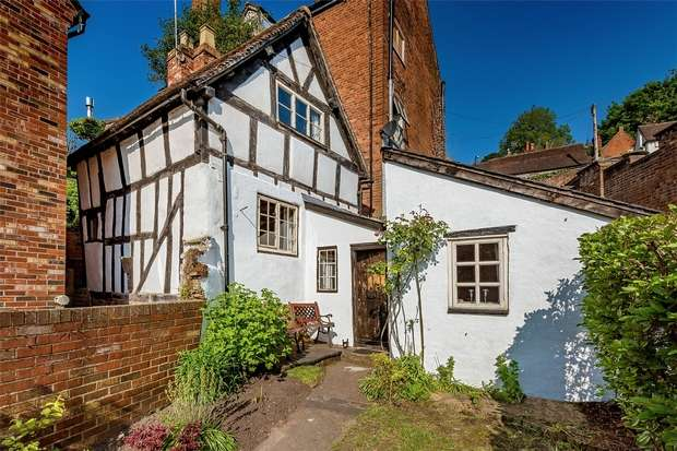 1 Bedroom Cottage House for sale in 32 Friars Street, Bridgnorth, Shropshire