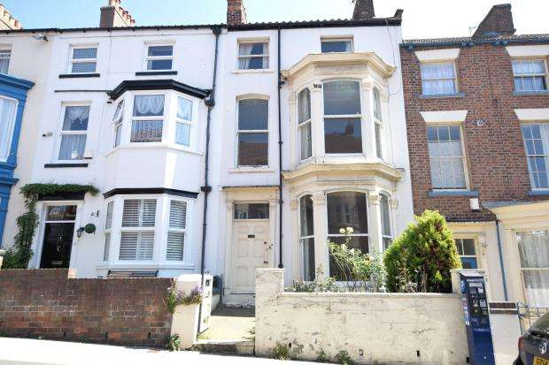 6 Bedrooms Terraced House for sale in Granby Place, Queen Street, Scarborough, YO11 1HL