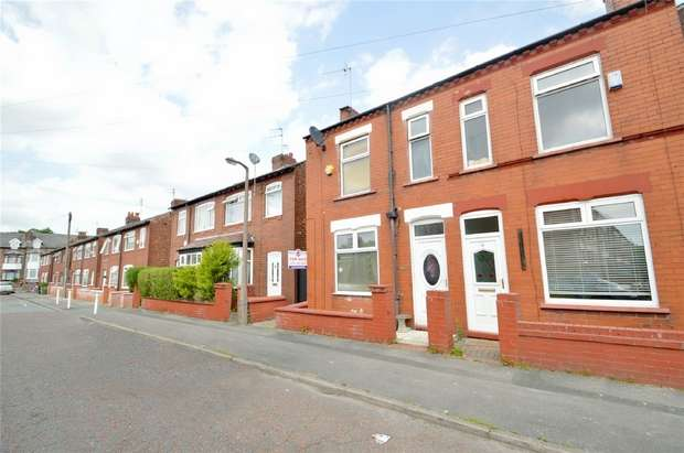 3 Bedrooms Semi Detached House for sale in Broadhurst Street, Shaw Heath, Stockport, Cheshire