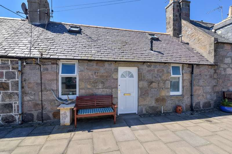 1 Bedroom Cottage House for sale in North Square, Aberdeen, Aberdeenshire, AB11 5DX