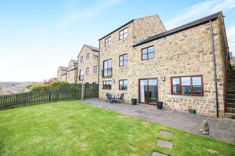 4 Bedrooms Detached House for sale in High Pastures, Keighley, BD22