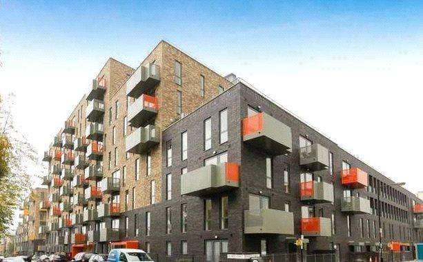 1 Bedroom Flat for sale in Killick Way, Stepney Green, London, E1