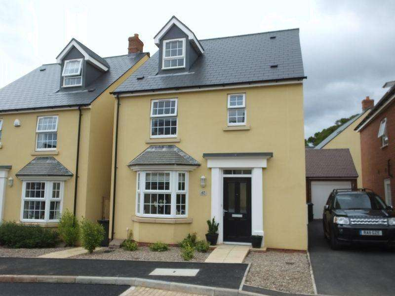 4 Bedrooms Detached House for sale in Sandoe Way, Exeter