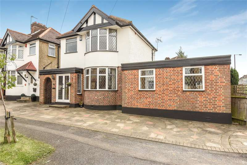 3 Bedrooms House for sale in Park Crescent, Harrow, Middlesex, HA3