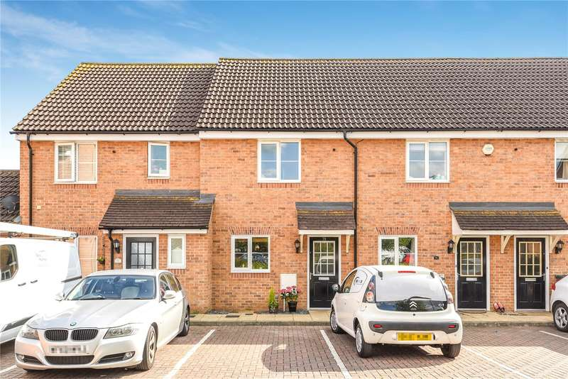 2 Bedrooms Terraced House for sale in Franklins, Maple Cross, Hertfordshire, WD3