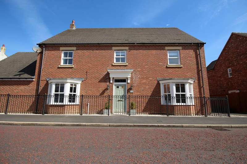 4 Bedrooms Detached House for rent in Great Park, Gosforth NE3