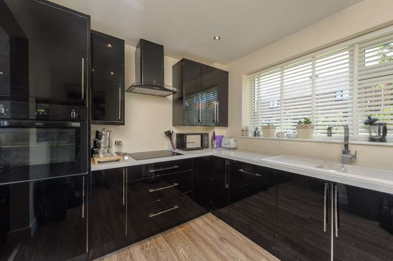 2 Bedrooms Semi Detached House for sale in Cedar Avenue, Kimblesworth, Chester Le Street, County Durham, DH2