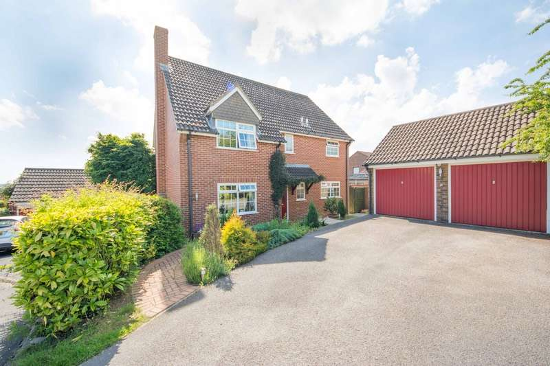4 Bedrooms Detached House for sale in Hilltop Way, Salisbury, Wiltshire, SP1