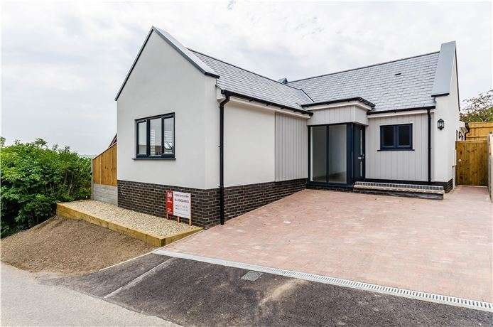 3 Bedrooms Detached Bungalow for sale in Red Lion Lane, Sutton, Ely