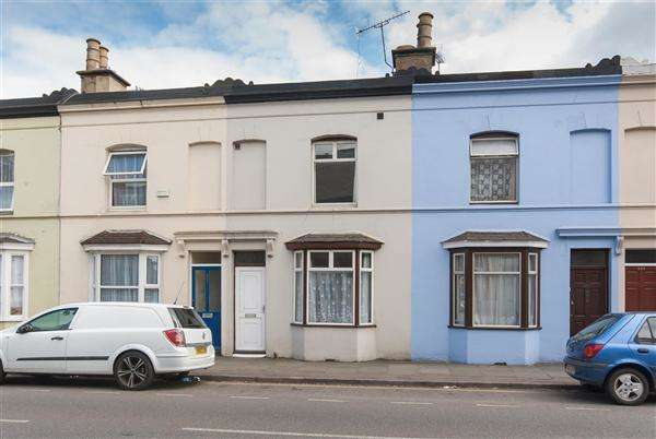 2 Bedrooms Terraced House for sale in Wincheap, Canterbury