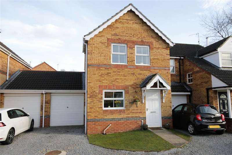 3 Bedrooms Semi Detached House for sale in Manor Close, Consett, County Durham, DH8