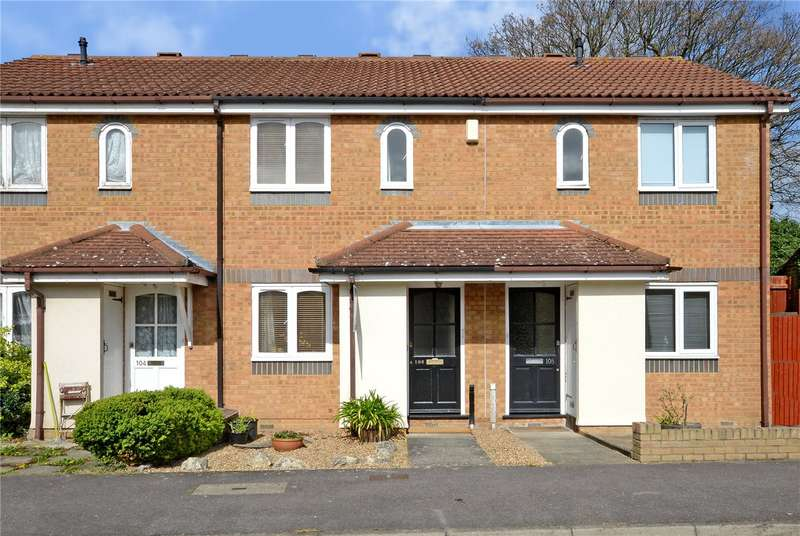 2 Bedrooms Terraced House for sale in Cotswold Way, Worcester Park, KT4