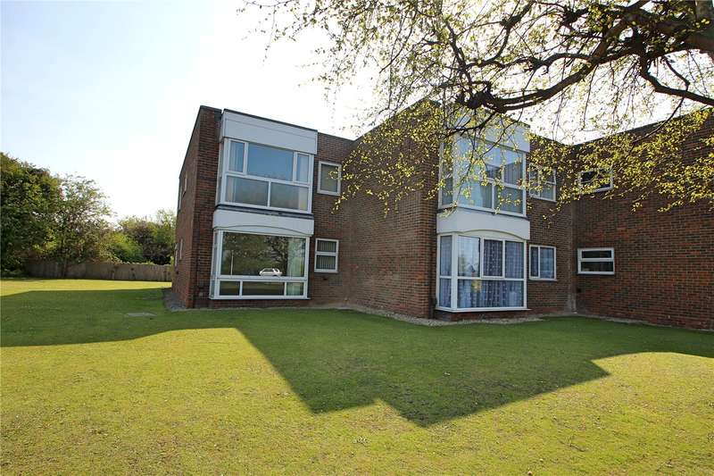 2 Bedrooms Apartment Flat for sale in Maple House, Goring Chase, Goring By Sea, BN12