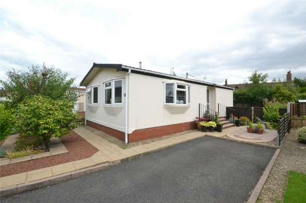 2 Bedrooms Park Home Mobile Home for sale in 5 Merevale Way, Muxton, Telford, Shropshire