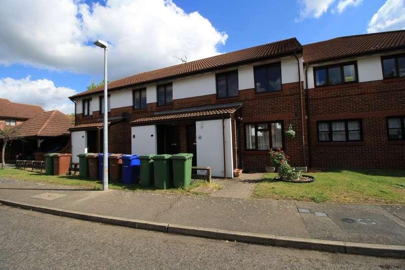 1 Bedroom Maisonette Flat for sale in Brimfield Road, Watts Wood