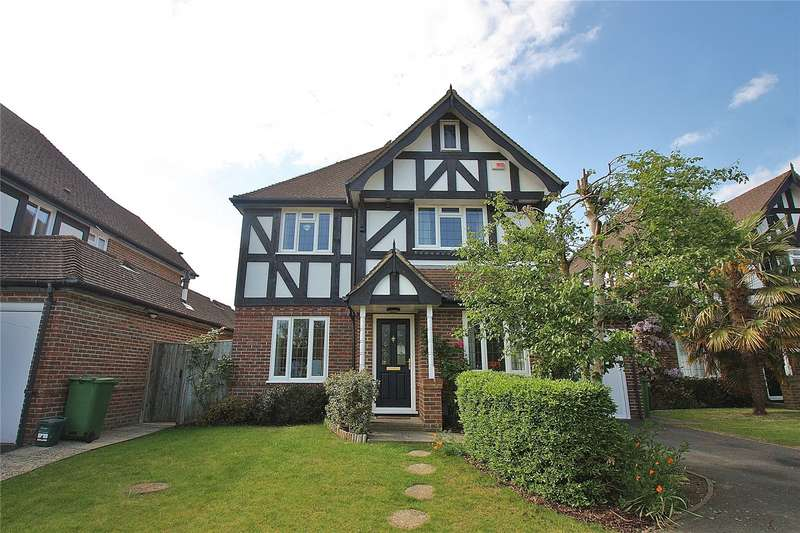 4 Bedrooms Detached House for sale in Donnafields, Bisley, GU24