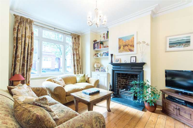 3 Bedrooms Terraced House for sale in Fabian Road, Fulham, London, SW6