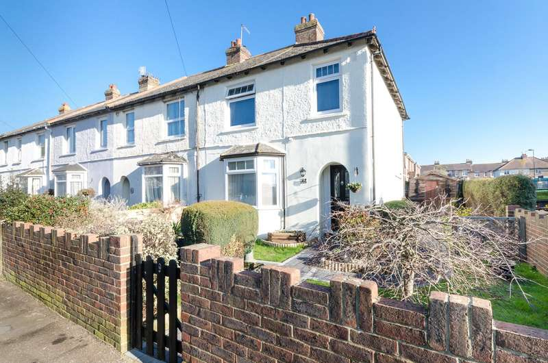 3 Bedrooms End Of Terrace House for sale in Leconfield Road, Lancing, West Sussex, BN15