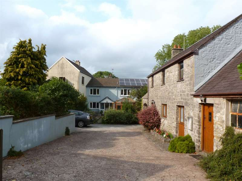 4 Bedrooms Semi Detached House for sale in The Granary and The Stables, West Williamston, Kilgetty, Pembrokeshire