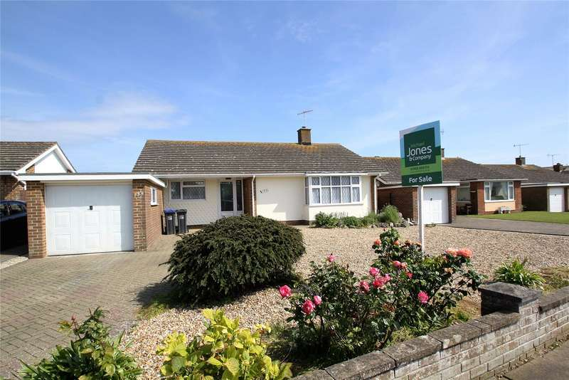 3 Bedrooms Detached Bungalow for sale in Alinora Crescent, Goring By Sea, West Sussex, BN12