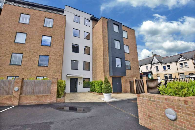 2 Bedrooms Apartment Flat for sale in Belgravia Mansions, Frimley Road, Camberley, Surrey, GU15