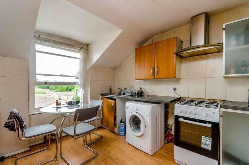 3 Bedrooms Flat for sale in Croydon Road, Penge, SE20