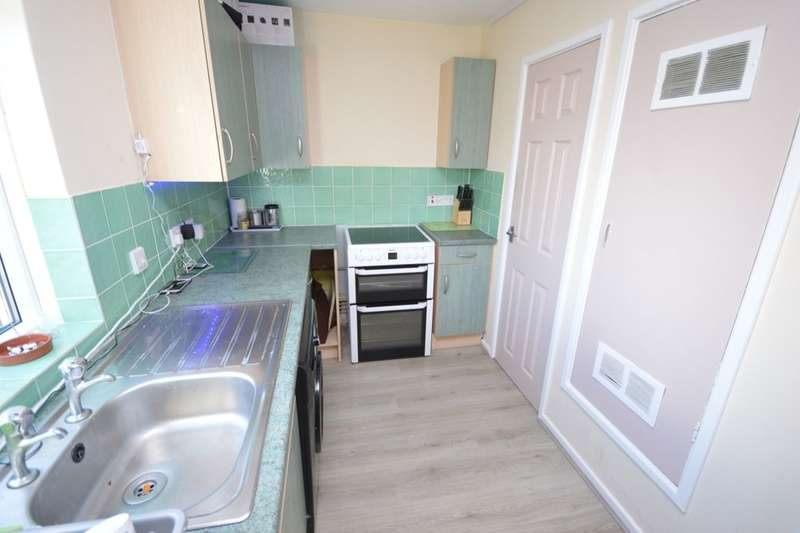 2 Bedrooms Flat for sale in Ebony Grove, LINCOLN, LN6