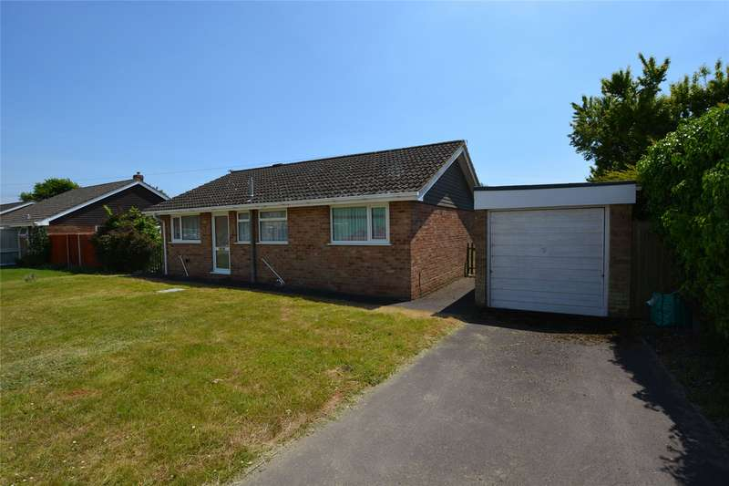 2 Bedrooms Detached Bungalow for sale in Pinetops Close, Pennington, Lymington, Hampshire, SO41