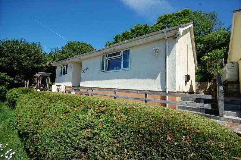 3 Bedrooms Detached House for sale in Tywardreath, PAR, Cornwall