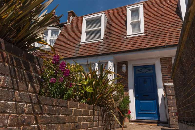 2 Bedrooms Flat for sale in Dukes Lane, Brighton