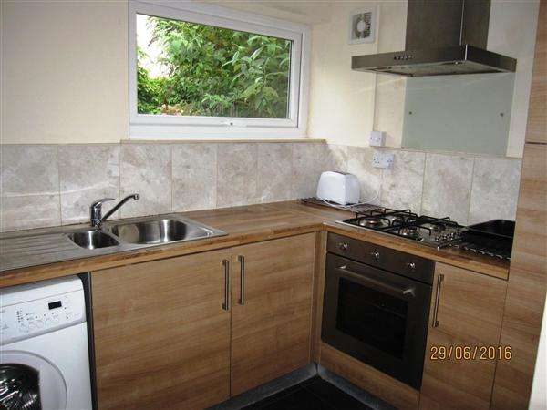 4 Bedrooms Terraced House for rent in Augusta Street, Cardiff