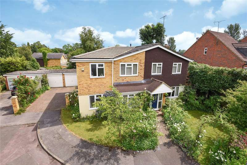 5 Bedrooms Detached House for sale in Alderbrook Close, Crowthorne, Berkshire, RG45