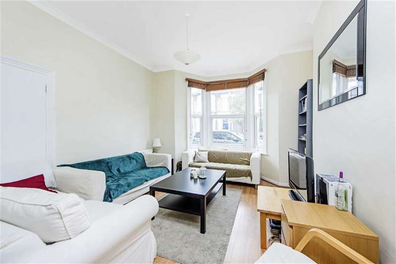 4 Bedrooms Property for sale in Sandmere Road, LONDON