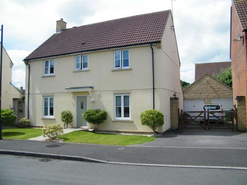 4 Bedrooms Property for sale in Stickleback Road, Calne