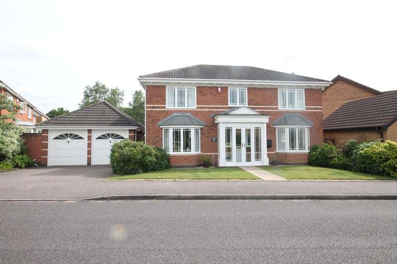 4 Bedrooms Detached House for sale in Rothwell Drive, Solihull