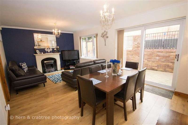 4 Bedrooms Property for sale in Grantham Close, Radyr Way, Cardiff