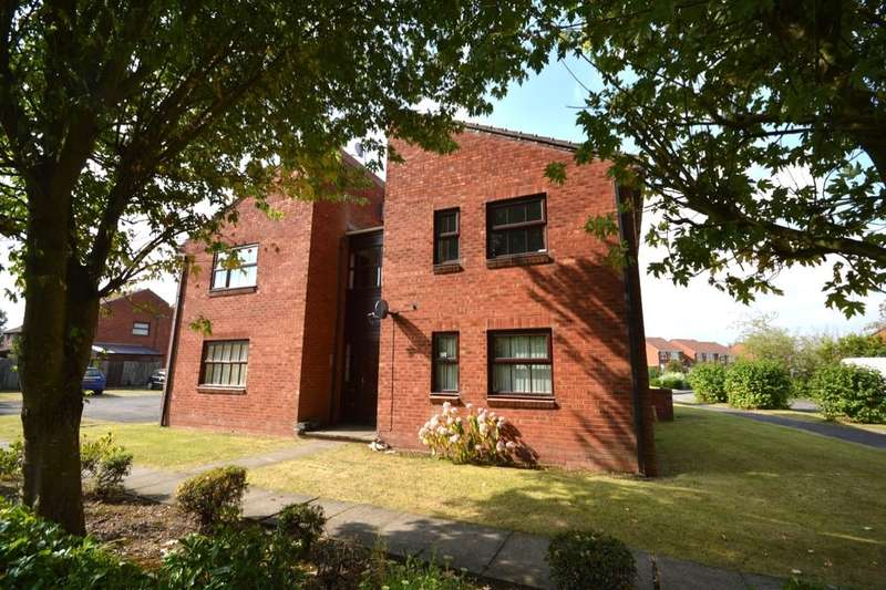 1 Bedroom Flat for sale in Jedburgh Avenue, Perton, Wolverhampton, WV6