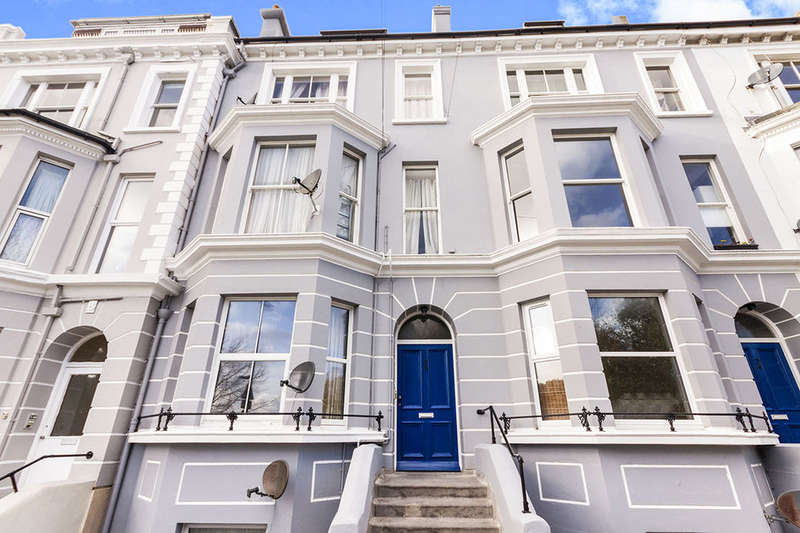 2 Bedrooms Flat for sale in Magdalen Road, St. Leonards-On-Sea, TN37